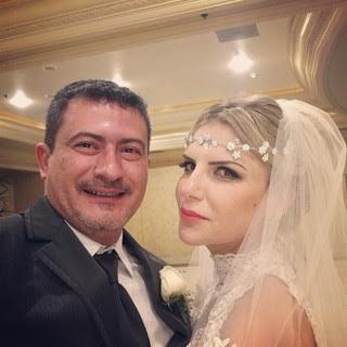 ...o Louro José, Tom Veiga, renova votos de casamento em Las Vegas