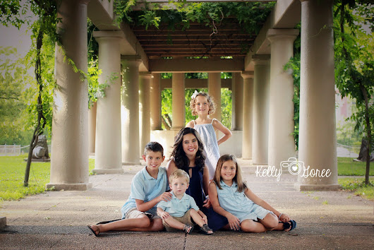 burke family. | july 2016 | {KELLY GOREE PHOTOGRAPHY} FAMILY PHOTOGRAPHER. LOUISVILLE KENTUCKY.