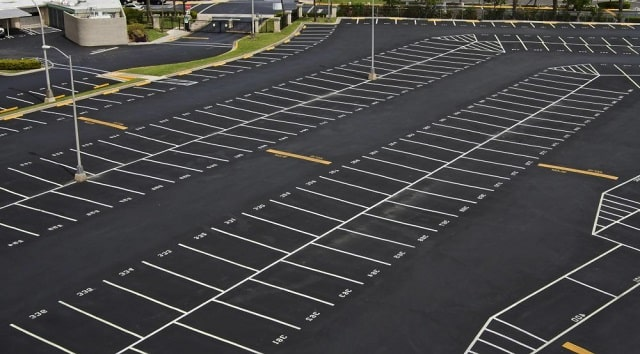 benefits paving asphalt parking lots