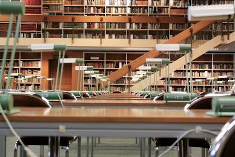 A közgyűjtemények webarchiválási feladatairól tanácskoznak az OSZK-ban