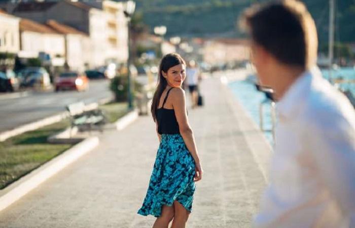 Dating μονογαμία