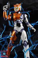 S.H. Figuarts Kamen Rider Valkyrie Rushing Cheetah 31S.H. Figuarts Kamen Rider Valkyrie Rushing Cheetah 34
