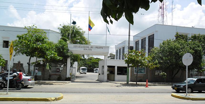 https://www.notasrosas.com/En La Guajira durante Navidad, Policía Nacional 'Construye Seguridad'