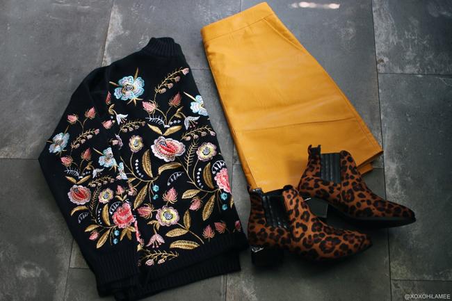 日本人ファッションブロガー,Mizuho K,NewIn-Zaful:イエローAラインフェイクレザースカート,レオパードプリントスティッチアンクルブーツ, Sammy dress:花柄刺繍モックネックセーター
