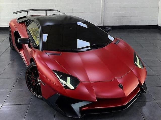 Lamborghini  Photos