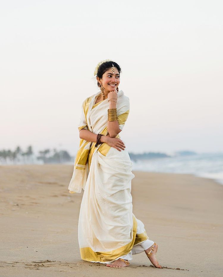 Sai Pallavi Photos HD Saree Wallpaper