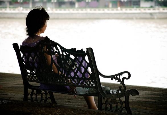 Faktor yang Mempengaruhi Kesepian pada Janda