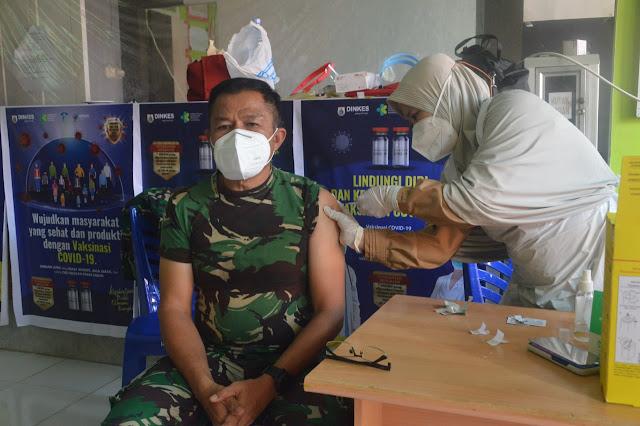Personel Korem 142/Tatag masih dilakukan vaksinasi