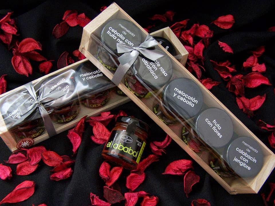 Lote de cinco variedades de mermelada en cajas de madera
