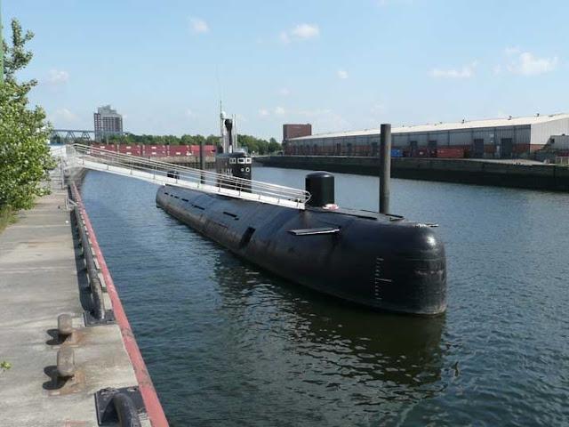 Submarino B-515 em Hamburgo