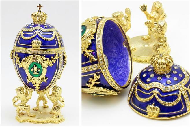 Foto de um Ovo de Fabergé - Leão e Coroa