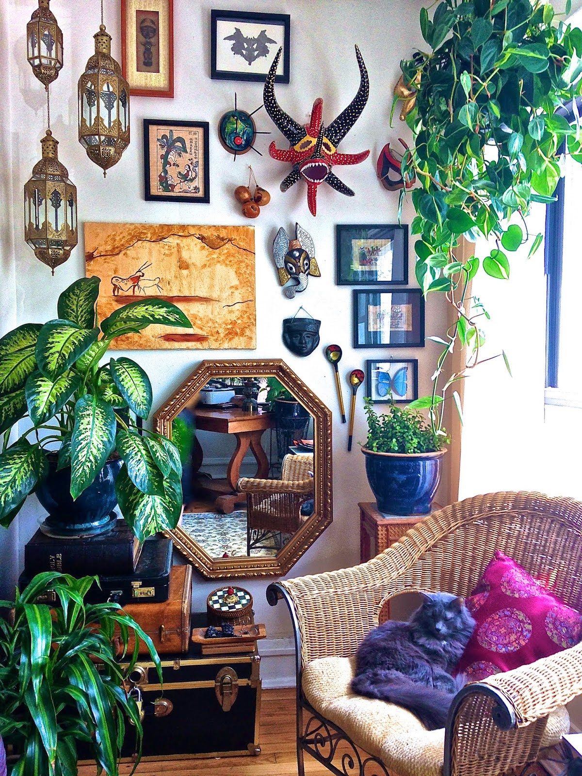 Gypsy Eclectic Home Furnishings: Moon To Moon: The Bohemian Home Of... Ms. Tungsten