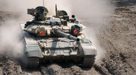 Tank T-90S Rusia