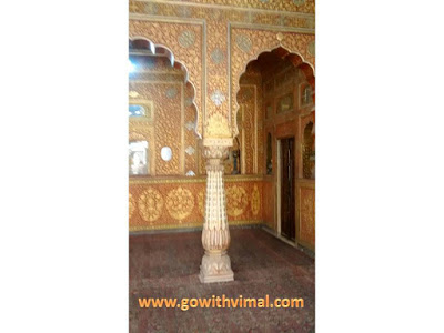 Pillar of Anup Mahal, Bikaner