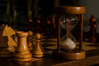 Hourglass Chess - Photo by Ernesto Velázquez on Unsplash