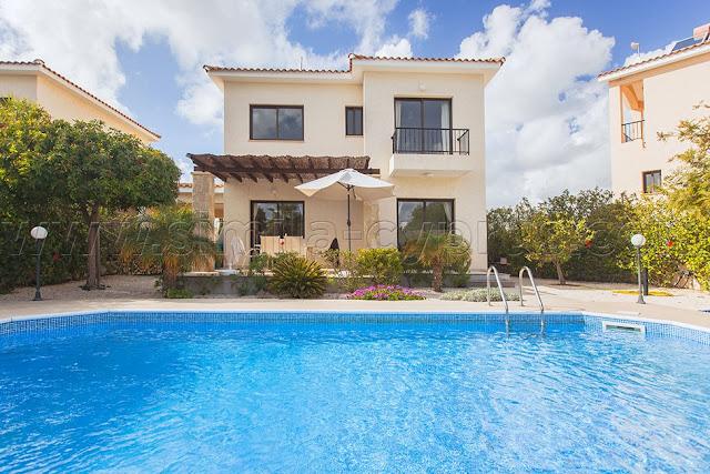 http://www.simila-cyprus.com/property/id/55/villa-aphrodita/