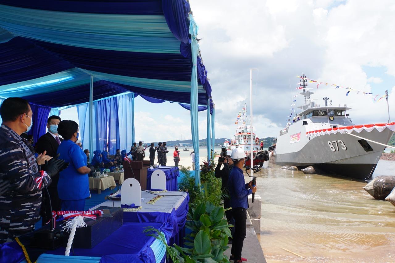 Danlantamal IV Hadiri Acara Shipnaming dan Launching 2 Unit PC 40
