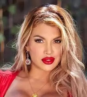 Mercedes carrera, Wiki, Height, Bio, Age, weight, Husband, Family, Pictures, Networth And More