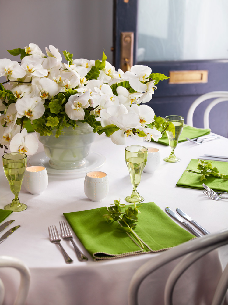 wedding dreams wedding table decorations flowers. Black Bedroom Furniture Sets. Home Design Ideas