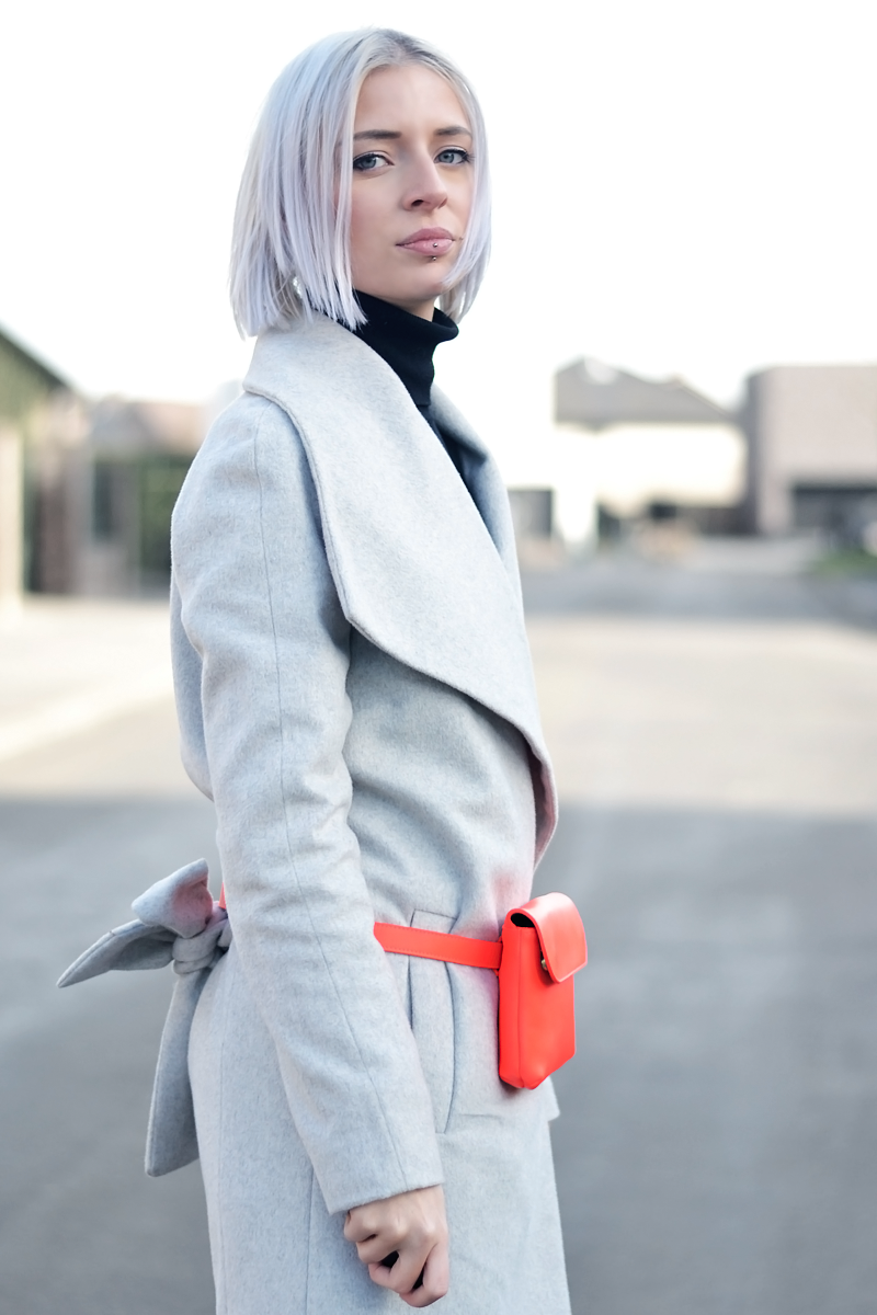 Bumbag outfit, &other stories, mango grey wool coat, overknee boots, sacha, chunky, turtle neck, belgian fashion blogger, mode blogger, belgie, ootd