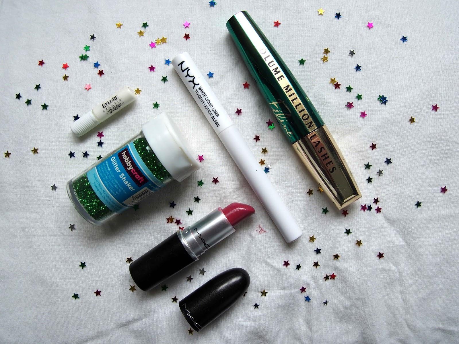 festival bestival the future makeup, festival glitter star sequin makeup, white eyeliner, space sci fi alien makeup 4
