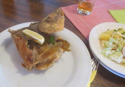 Foto Aischgründer Karpfen - klassisch gebacken mit Salat
