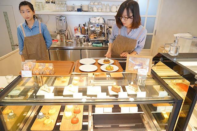 DSC01994 - 熱血採訪│隱藏在台中七期的藍帶甜點,金心盈福Cuore D'oro法義甜點