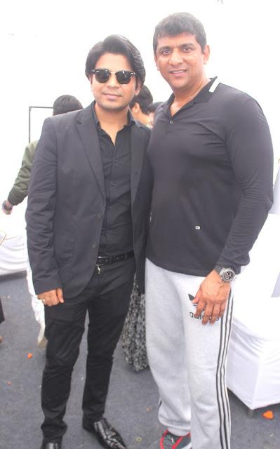 3. Aslam Shaikh with Ankit Tiwari