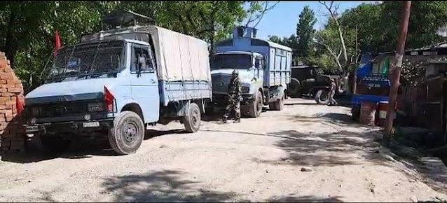 J&K: कुलगाम जिले के खुड हंजीपोरा इलाके में मुठभेड़ में दो आतंकवादी मारे गए