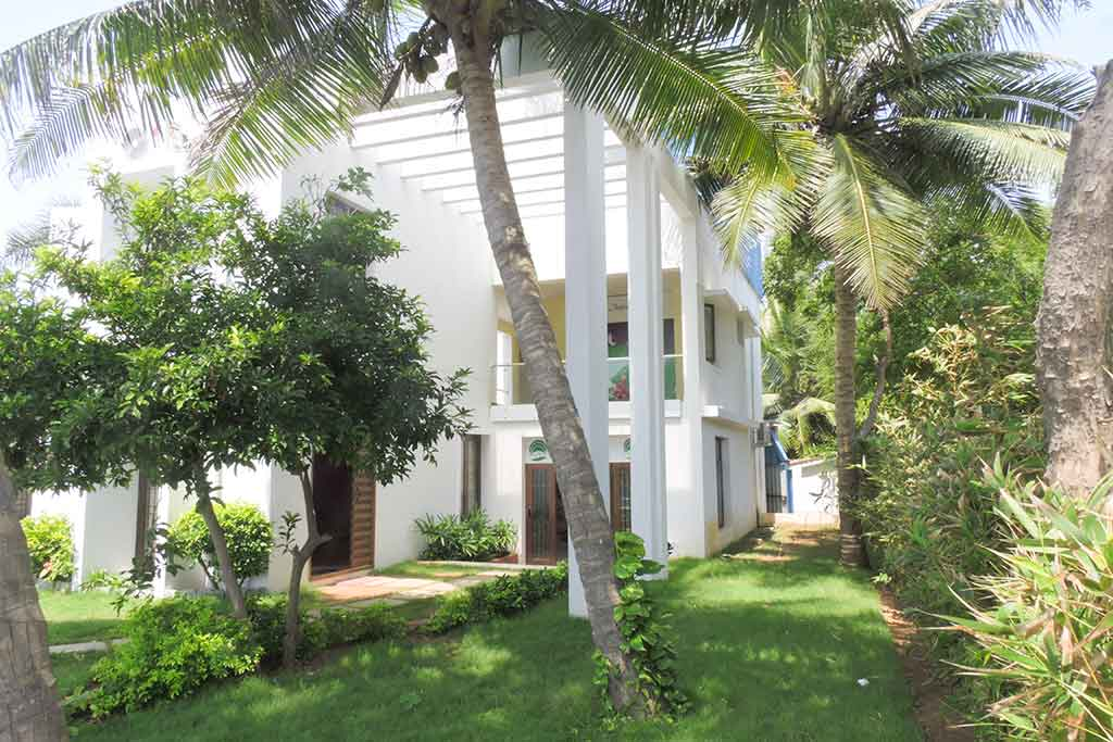 private beach villa in ecr