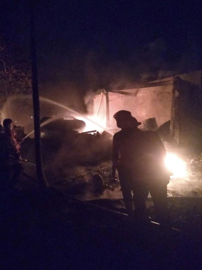 Si Jago Merah Melalap Gudang Penyimpanan BBM Di Jati Agung Lamsel
