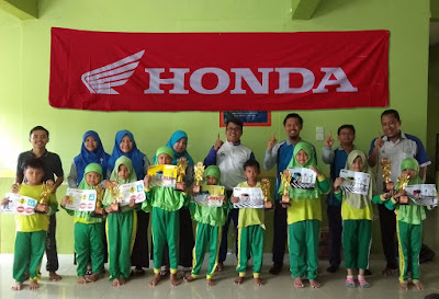 Lomba Mewarnai bersama tim Safety Riding Honda Batam