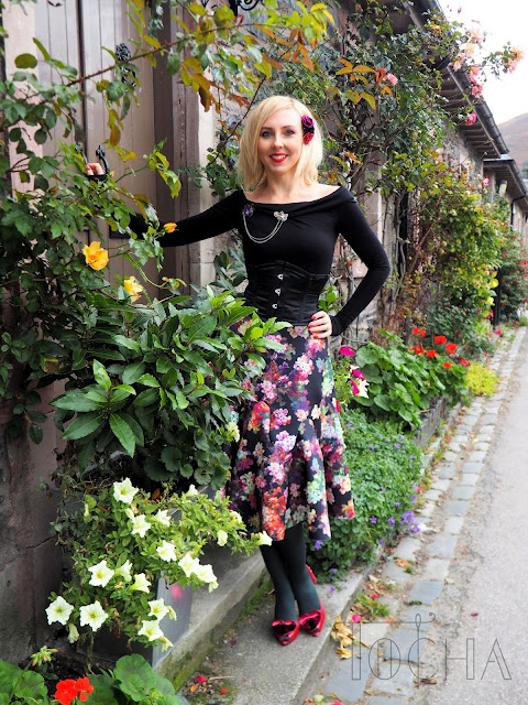 pattern cutting, scuba, flowers, flamboyant, frill, Luss, Scotland, Pattern Magic, off the shoulder top, kakurenbo,  sewing pattern,