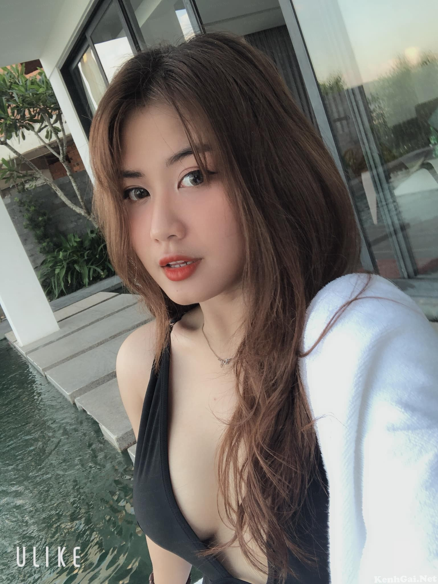 Hotgirl Mai Hoàng   E-CUP