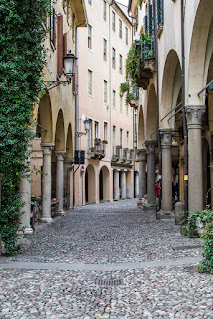A narrow, cobbled street in the Ghetto area of Padua