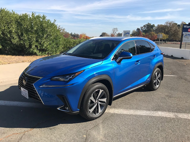 Front 3/4 view of 2020 Lexus NX 300h