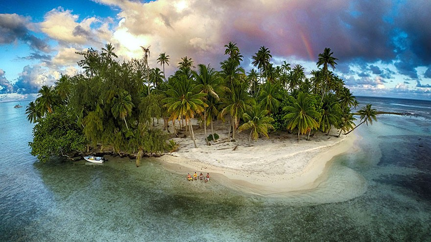 13. Breathtaking View Of Lost Island, Tahaa, French Polynesia - 12 of The Most Stunning Images Captured By Drones In 2015