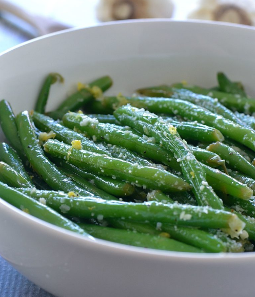 LEMON BUTTER GREEN BEANS WITH GARLIC AND PARMESAN #parmesan #breakfast #dinner #food #recipes
