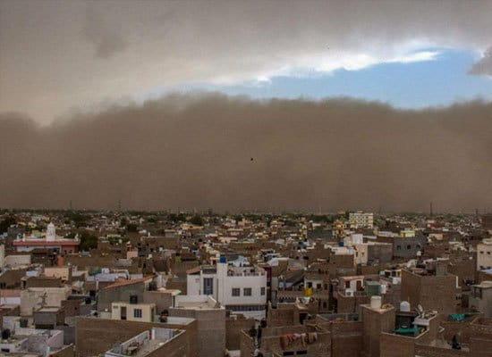 tormenta-de-arena-en-la-india
