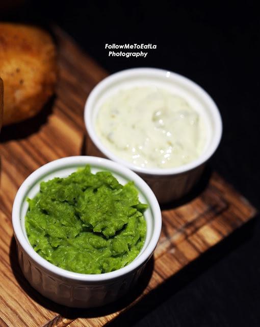 Mushy Peas & Tartar Sauce