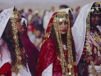 Risultati immagini per sposa tunisina