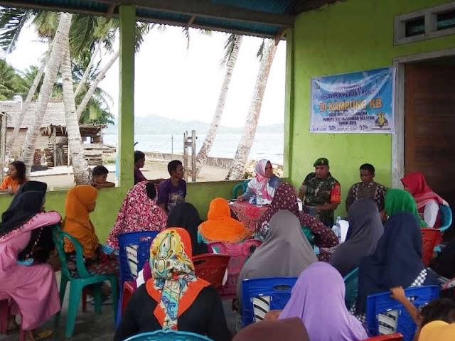 BKKBN Halmahera Selatan Sosialisasi Waspada Narkoba dan Miras di Sumae
