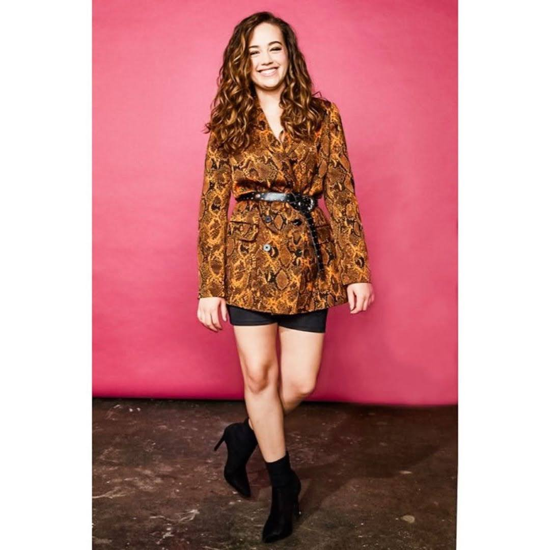 Mary Mouser 13