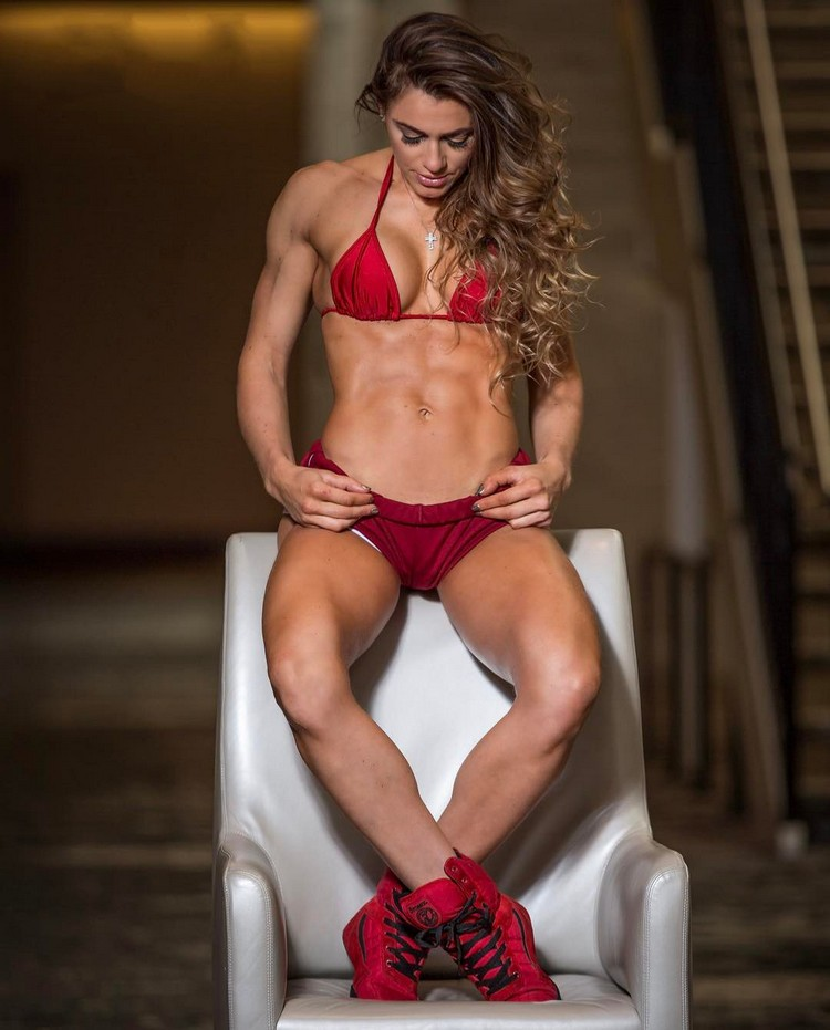 Caroline Campos - WBFF pro athlete, fitness cover model, health coach and motivator.
