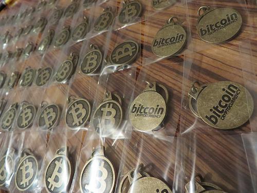 """Hiểu rõ hơn về Bitcoin tại Deep Web. Tại sao Bitcoin không phải là """"tiền ảo"""""""