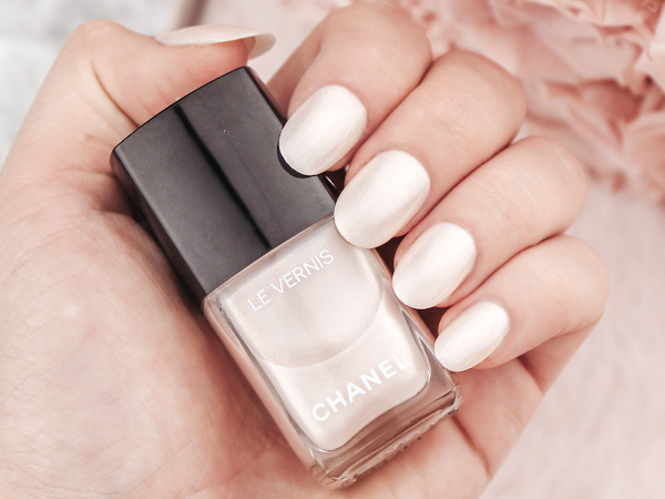 Chanel Le Vernis - Eau De Nacre