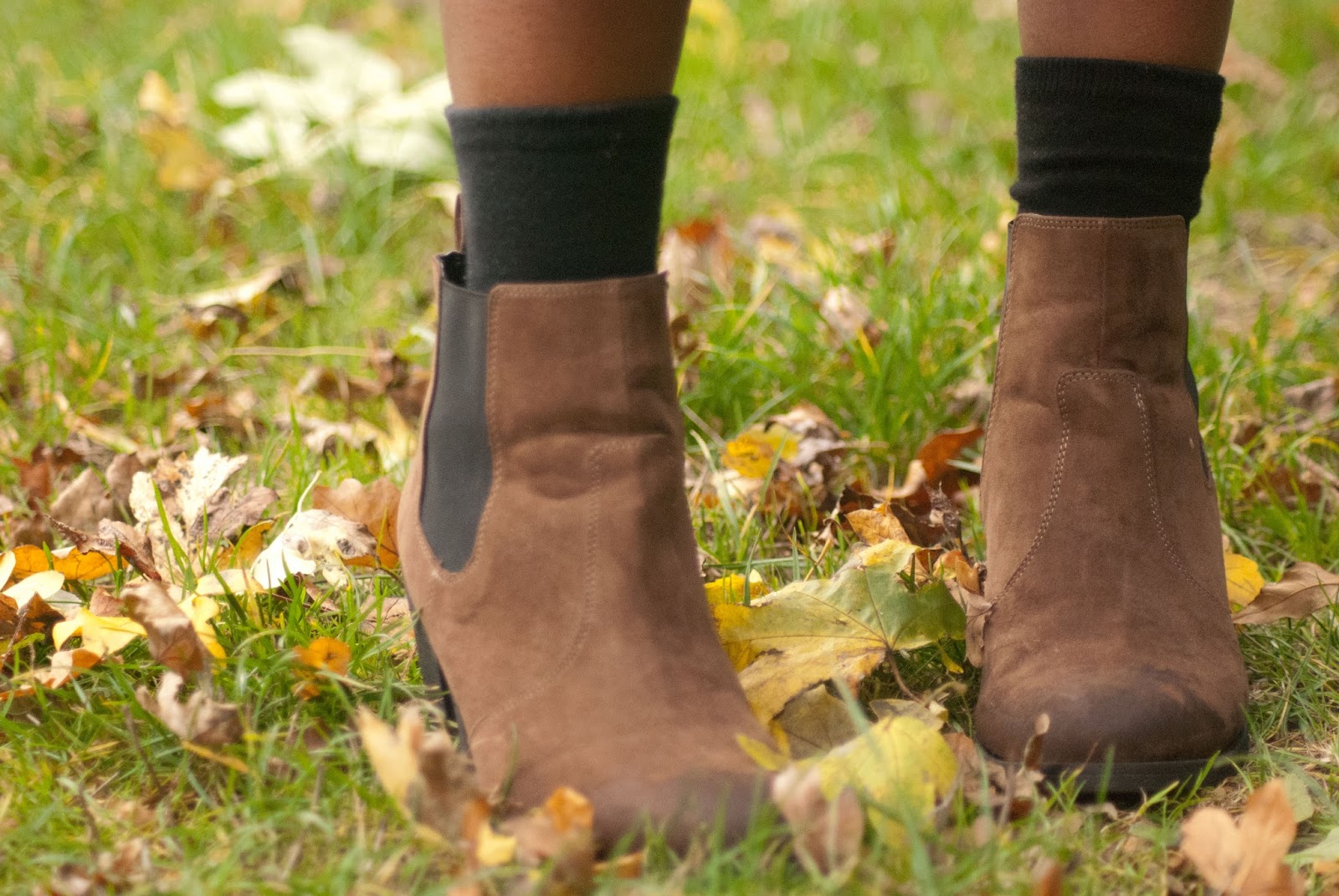 H&M Brown suede ankle boots, fryent country park, fashion blogger, 100 Ways to 30, Style & Fashion