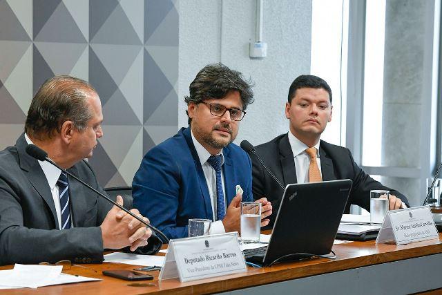 Marcos Carvalho ao depor na CPMI das Fake News – FOTO: ROQUE DE SÁ/AGÊNCIA SENADO