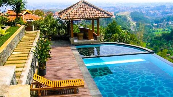 Tips Memilih Villa Puncak Terbaik untuk Keluarga