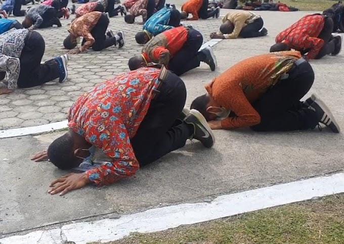Sujud Syukur Warnai Kelulusan 1.500 Bintara Afirmasi Otsus